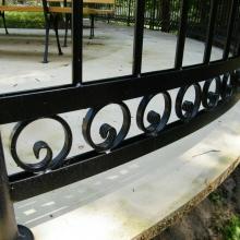 Balustrada-w-stylu-klasycznym-malowana-proszkowo-4-1024x768