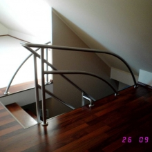 Balustrada-gięta-1-1-1024x768