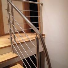 Balustrada-z-wypełnieniem-poziomym-768x1024