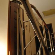 Balustrada-polerowana-z-poręczą-merbau-2-685x1024